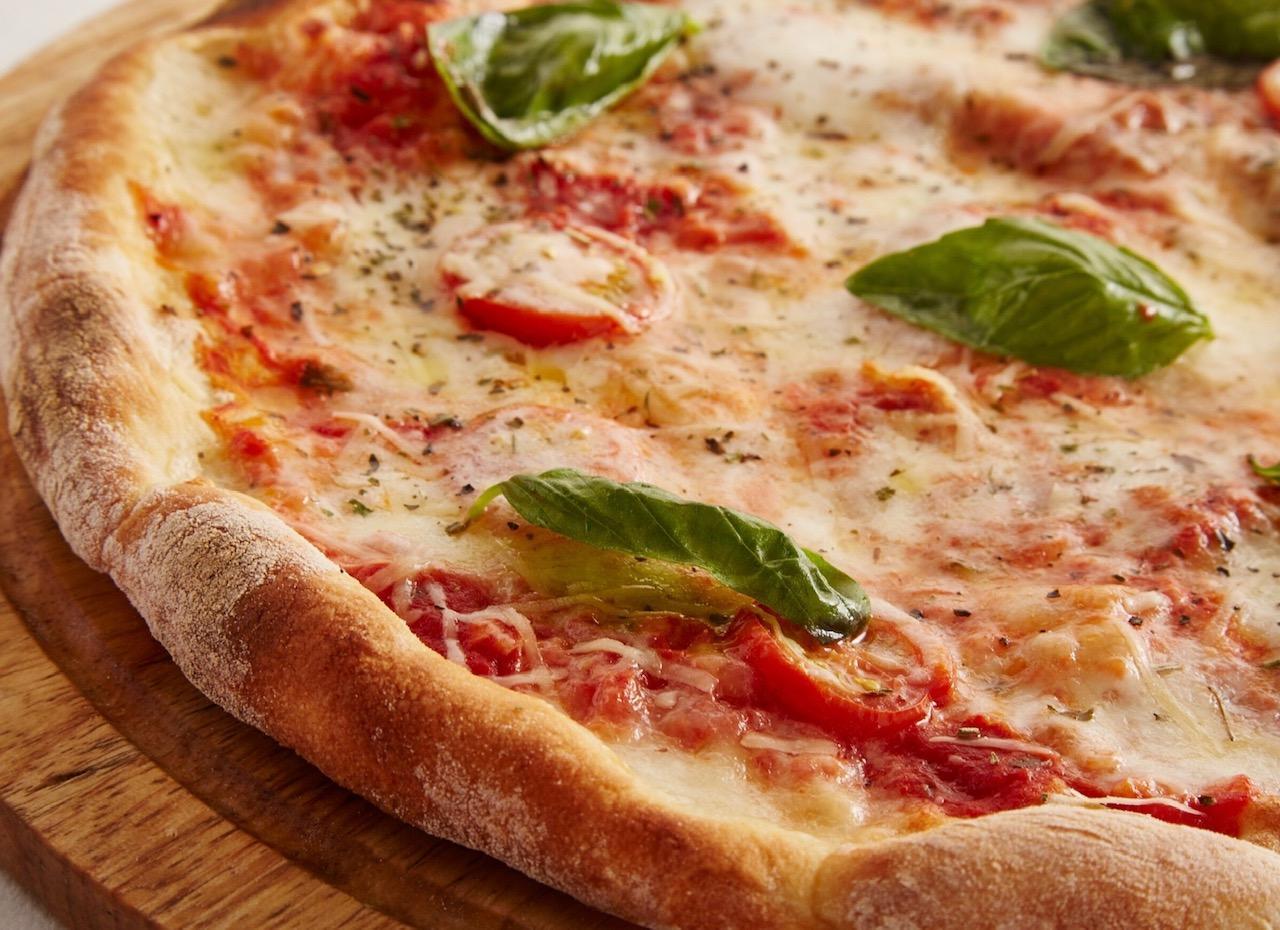 Pizzadej langtidshævet - grundopskrift